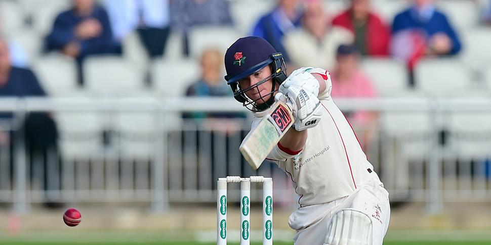 Alex Davies cover drives for 4.jpg