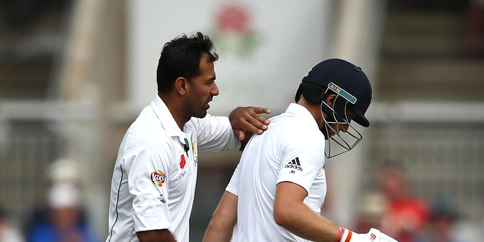 Wahab Riaz congratulations Joe Root at Old Trafford.jpg