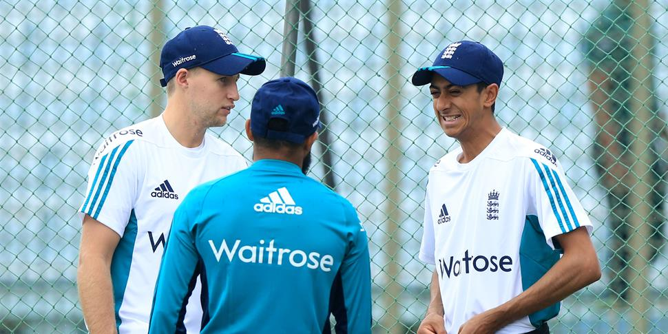 Lancashire cricket and England batsman Haseeb Hameed talking to Adil Rashid and Joe Root.jpg
