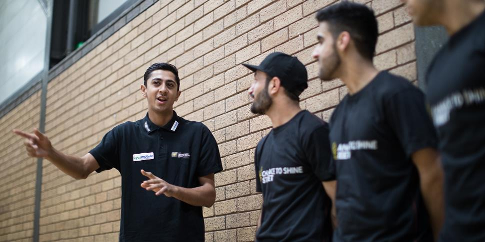 Haseeb Hameed chats to the Street cricketers.jpg