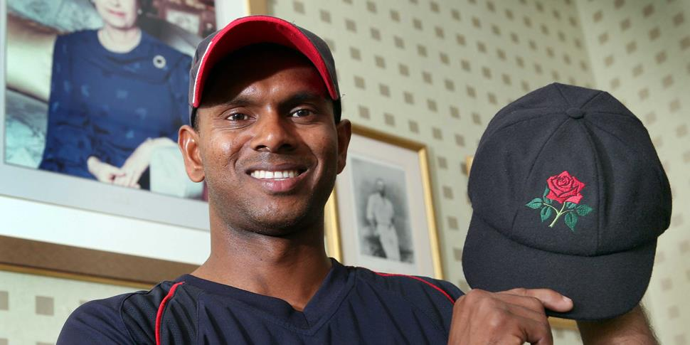 Shivnarine Chanderpaul with his Red Rose Cap.jpg
