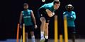 Chris Woakes trains for England cricket against the West Indies.jpg