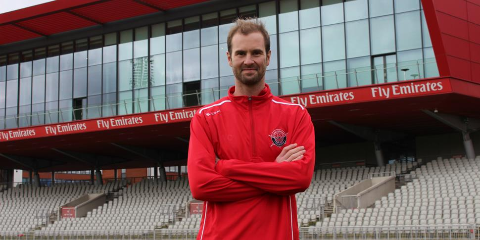 Tom Smith Lancashire Thunder .jpg