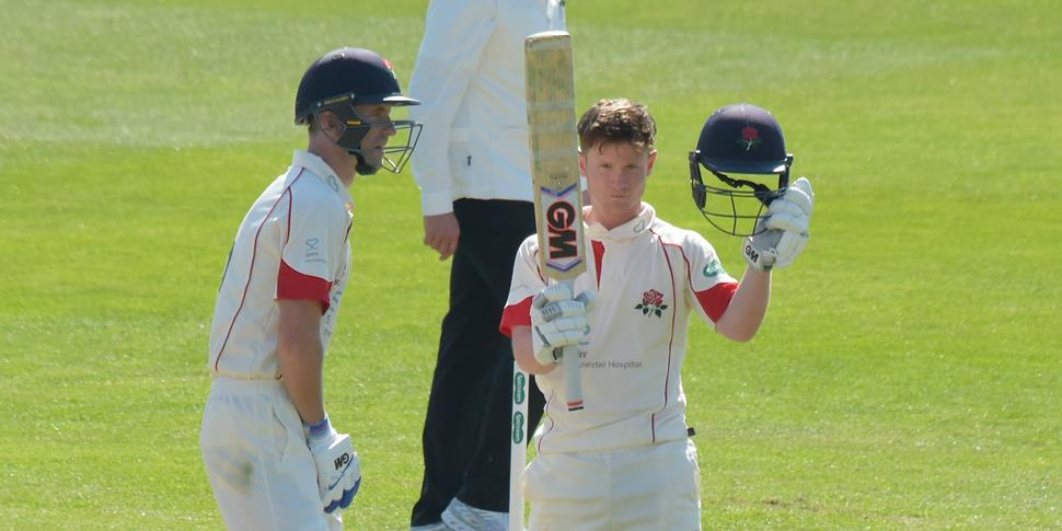 Alex davies hit 140 not out against Essex.jpg