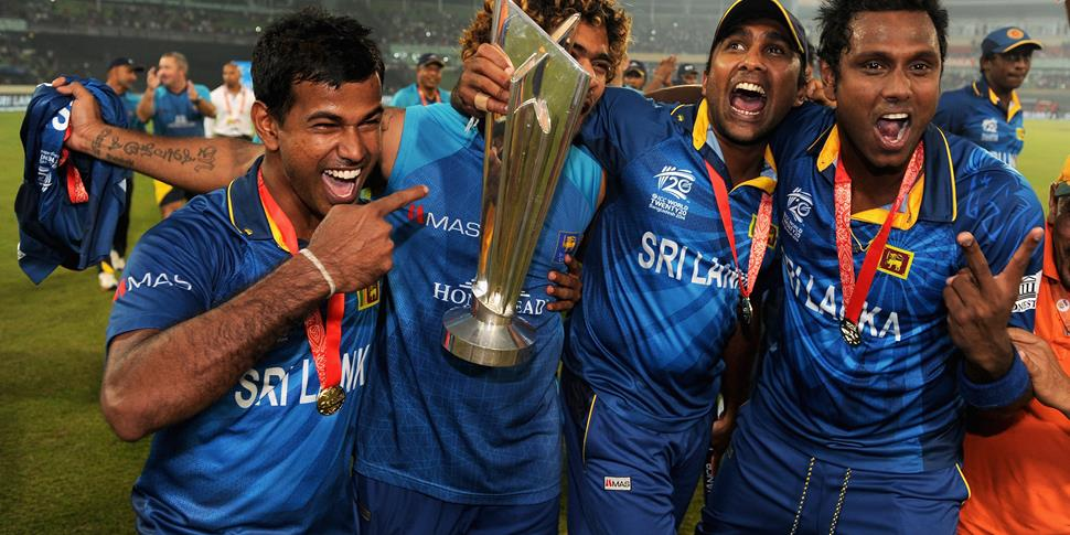 Mahela with the ICC World T20 trophy after winning it with Sri Lanka.jpg