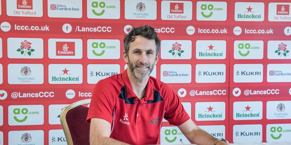 Graham Onions signs for Lancashire County Cricket Club, Emirates Old Trafford.jpg