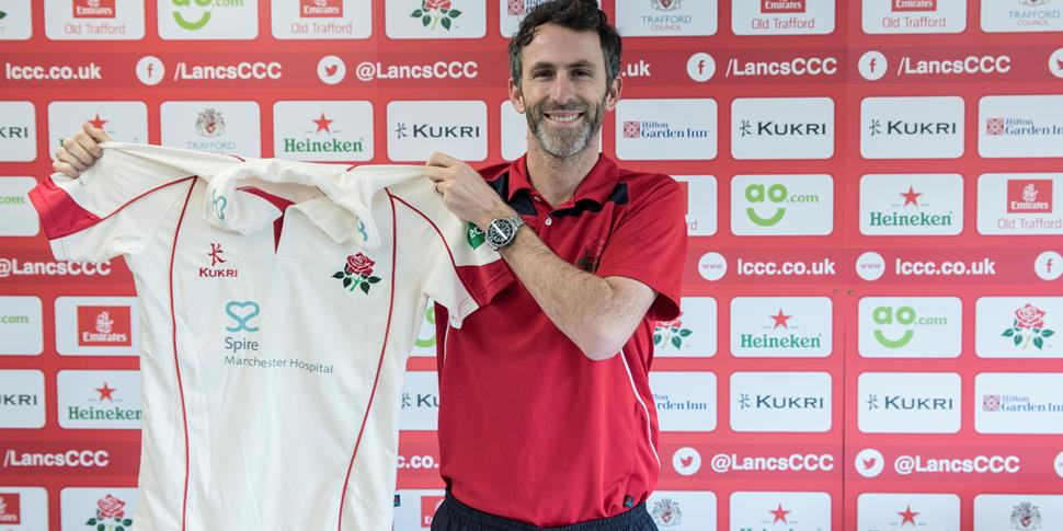 Lancashire and former England cricketer Graham Onions with the Lancashire County Cricket Club shirt.jpg