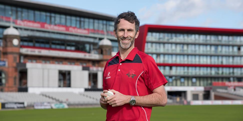 New Lancashire signing Graham Onions poses for the camera at Emirates Old Trafford.jpg