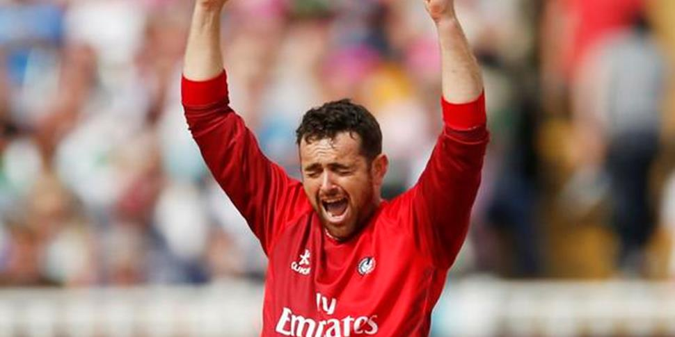 Stephen Parry of Lancashire Lightning celebrates.jpg