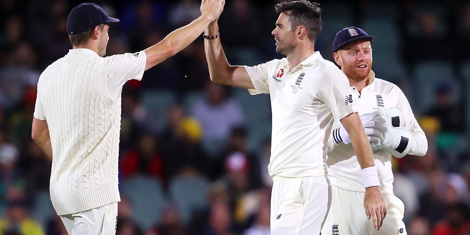 james anderson celebrates ashes 2017.jpg