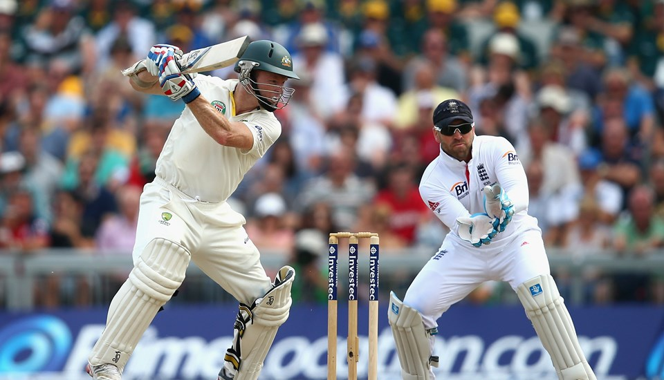 Chris Rogers bats against England in the Ashes Test.jpg